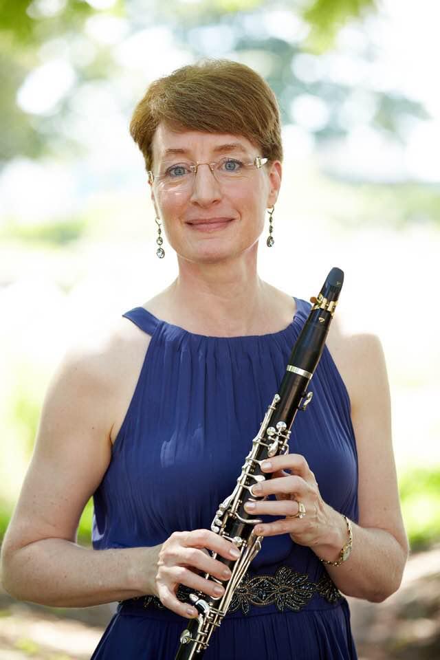 http://www.cinfoshare.org/education/elizabeth-bley-s-clarinet-studio